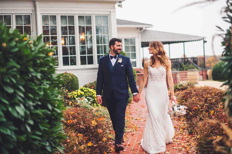 Bride and Groom Fall Countryside Wedding at Radnor Hunt
